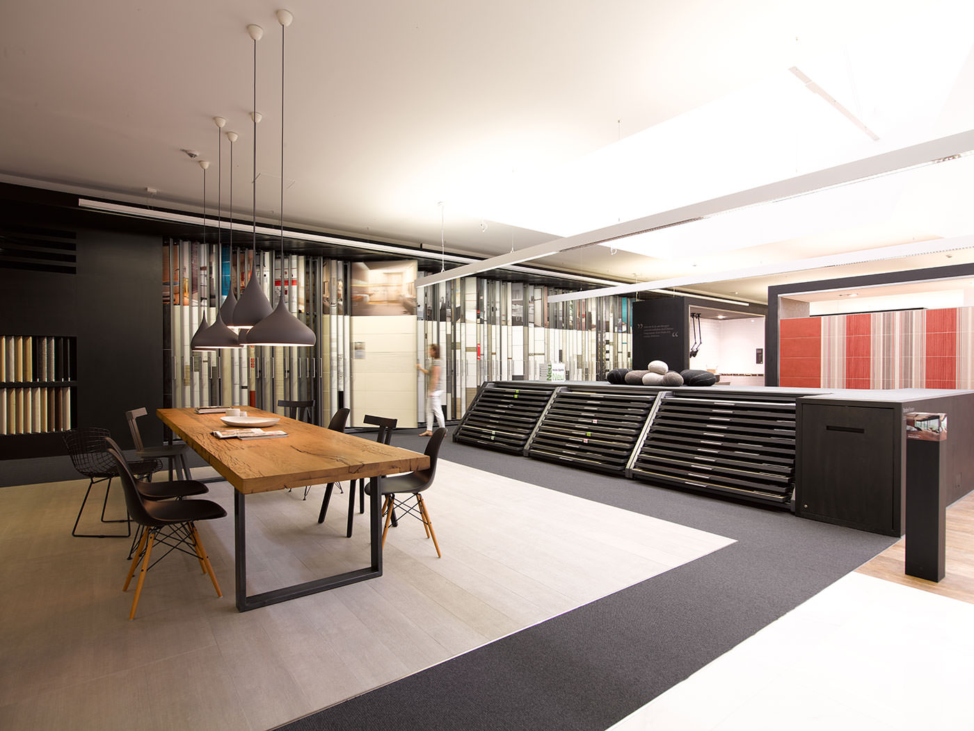 kemmler fliesenausstellung und fliesenmarkt b blingen schmutz partner freie architekten. Black Bedroom Furniture Sets. Home Design Ideas